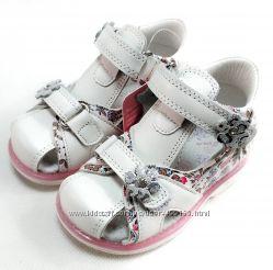 Детские босоножки сандалии для девочек кожаные белые tom. m 21-26р 4105