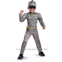 Комбат, солдат, США.