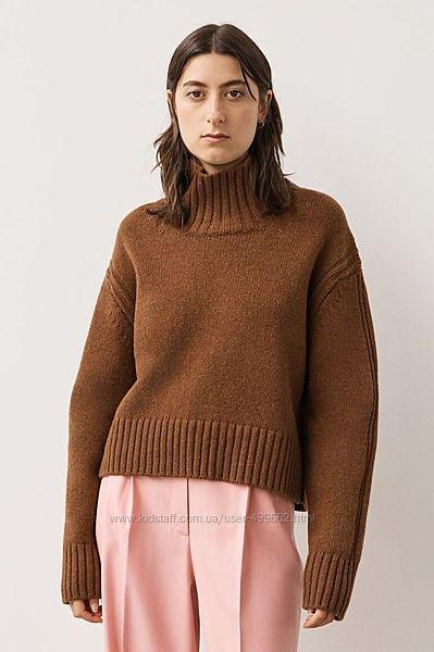 Теплые уютные мягкие кардиганы свитера