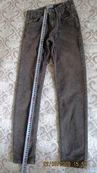 Брюки для мальчика Mayoral оригинал серые, вельвет,  рост 134 см,  7-9 лет