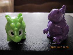 продам или обменяю игрушки из киндер -сюрпризов
