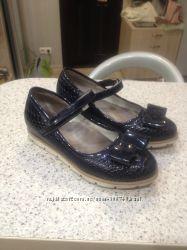 Школьние туфли