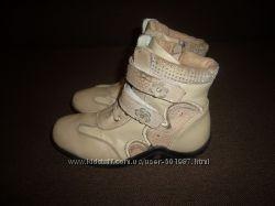Демисезонные ботиночки Мальвина 33 размера.