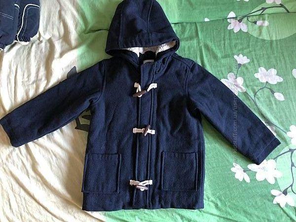 Наше шерстянное пальто фирмы Old Navy в отличном состоянии