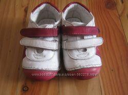 Кожаные кроссовки 21 размер