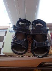 PRIMIGI босоножки на мальчика 25-26 размер