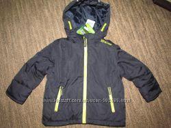 Новая демисезон куртка 4-5 лет Германия