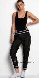 Спортивные штаны  от Victorias Secret в наличии