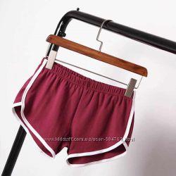 Короткие трикотажные шорты спортивные с полоской 7 цветов