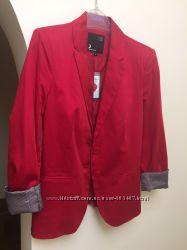 Пиджак красный  S 36