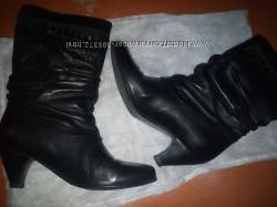 Женские осенние кожаные сапожки размер 37