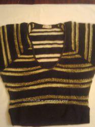 Джемпер черный с золотыми полосками р. 46-48