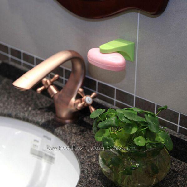 Бытовые предметы для ванной комнаты. Магнитный мылодержатель. Диспенсер насте