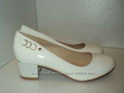 Новые женские туфли, р. 36, 37. цена снижена