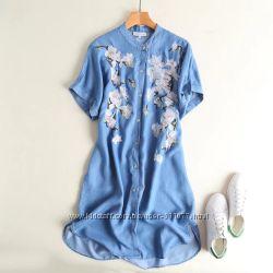 Женские джинсовые платья с вышивкой короткий рукав