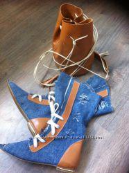 Пошив обуви Шикарные джинсовые сапоги бренд