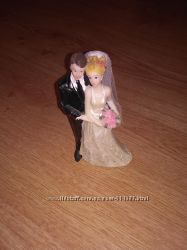 Фигурка жениха и невесты на свадебный торт