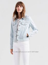 Эксклюзивная джинсовая куртка Levis с вышивкой на рукавах. Оригинал Пролет