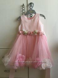 Святкова сукня для принцеси на 3-4 роки