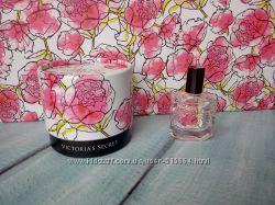 Парфюмированная пудра и миниатюрка от Victoria XO Victoria&acutes Secret