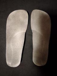 Стельки ортопедические кожа/замш в отличном состоянии
