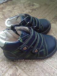 Кожаные кроссовочки