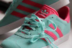 Кросовки Adidas 39-40р.