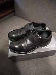 Красивые кожаные туфли ECCO 38-39р