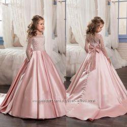 Прокат нарядных платьев для маленьких