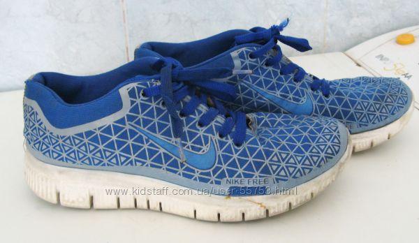 Кроссовки Nike стелька 23см.