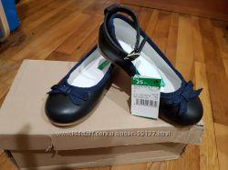 новые туфельки бенеттон