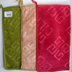 Тряпочка-рукавичка из микрофибры для мытья и уборки