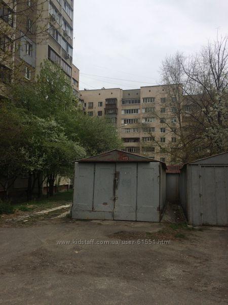 Продам или сдам гараж по ул. Татарская, 21. Киев.