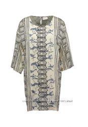 кремовое бежевое платье с орнаментом KAFFE  otto  Германия
