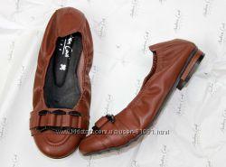 кожаные балетки  кожаные на резинке туфли Andrea Conti . Уценка.