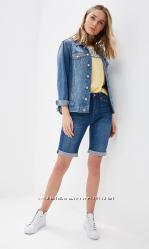 Женские джинсовые шорты по колено PLAYBOY с, м