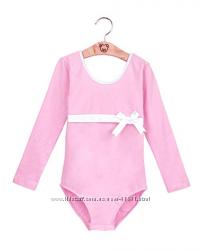 Купальник розовый  с длинным рукавом и застежкой снизу. Рост с 95 до 146 см