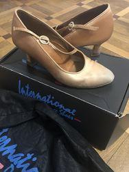 Туфли для бальных танцев стандарт International p 35,5 3,5