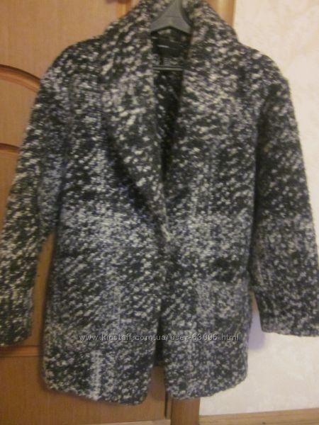Фирменное пальто Mango   размер XS