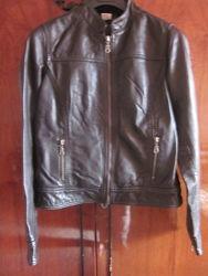 Кожаная курточка laredoute на рост 155-158-160. состояние новое 100кожа
