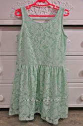 Ажурное нарядное платье. 7-8 лет