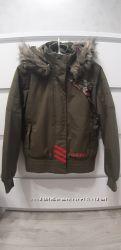 Куртка Adidas. 9-10 лет.