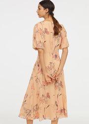 Платье H&M р.42