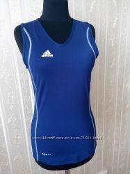Майка спортивная фирмы Adidas