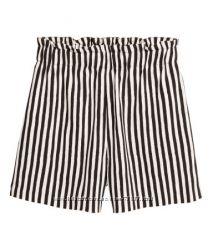 Новые легкие шорты в полоску H&M , размеры XS и S