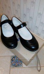 Школьные туфли для девочки BARTEK 34 р.