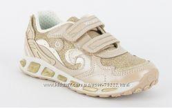 Geox Италия кроссовки с мигающей подошвой р. 31