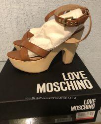 Босоножки Love Moschino 36р.