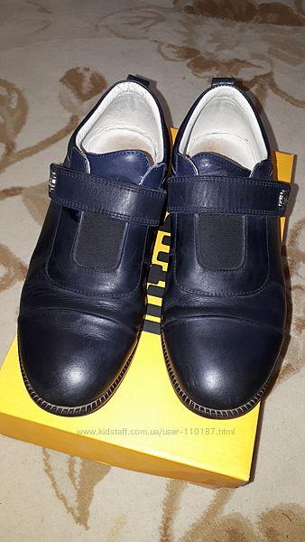 Туфли школьные Tutubi.
