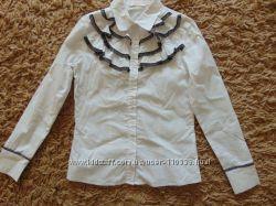 продам нарядную блузку Colabear на 146 см
